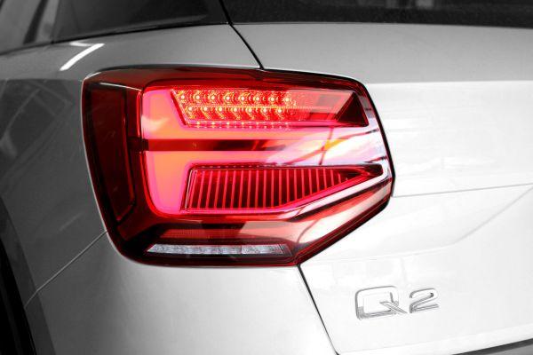 42055 - Komplett-Set LED-Heckleuchten mit dynamischen Blinklicht für Audi Q2 GA