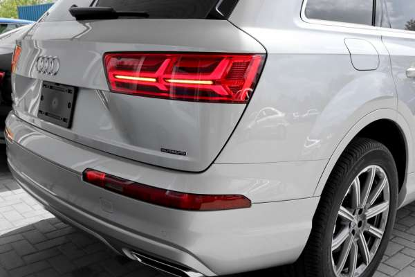43735 - LED-Rückleuchten US auf EU Kabelsatz & Codierdongle für Audi Q7 4M