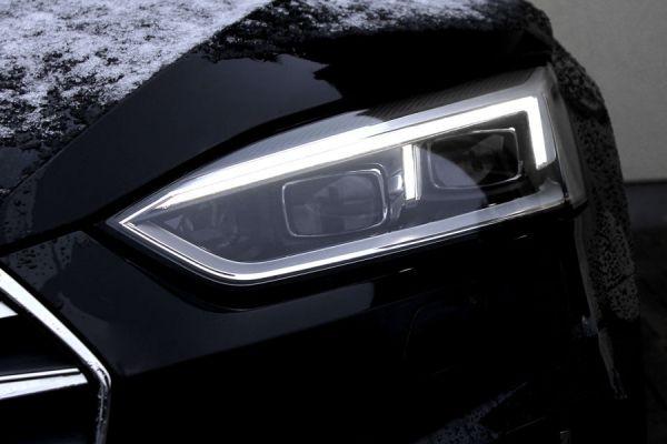 42140 - LED Matrix Scheinwerfer LED TFL mit dynamischen Blinklicht für Audi A5 F5