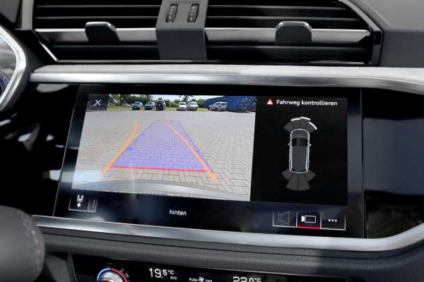 43260 - APS Advance Rückfahrkamera für Audi Q3 F3
