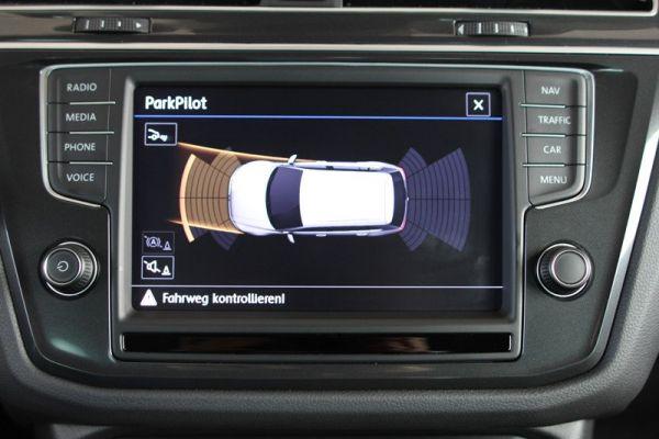 41470 - Komplett-Set Park Pilot Front + Heck inkl. OPS für VW Tiguan AD1