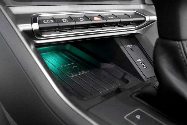 43785 - Komplettset Phone Box für Audi Q3 F3