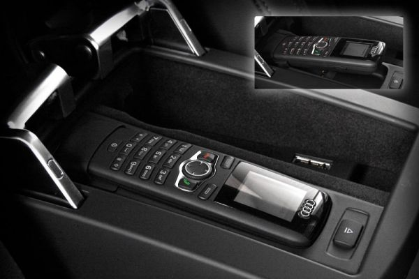 SAP Handset with Color Display Retrofit for Audi Q5 8R