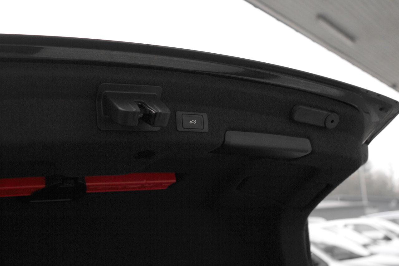 elektrische heckklappe f r audi a6 4a limousine. Black Bedroom Furniture Sets. Home Design Ideas